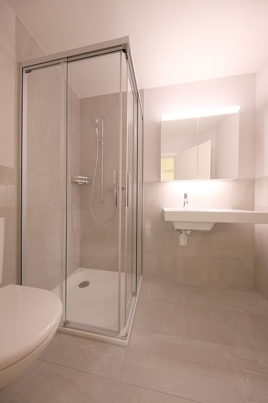 22_Obersee_Immobilien_Dusche