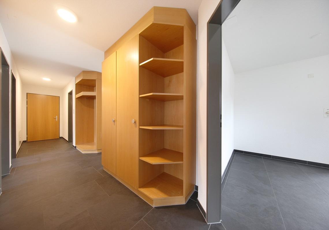 10_Obersee_Immobilien_Korridor_Zwischenblick_2