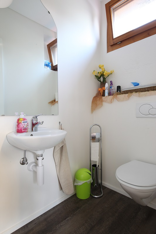 29_Obersee_Immobilien_WC