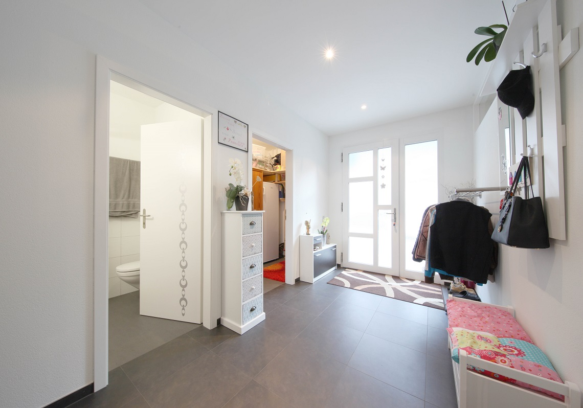 4_Obersee_Immobilien_Eingang
