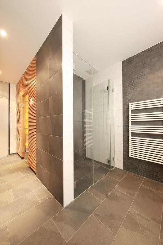 12_Obersee_Immobilien_Badezimmer