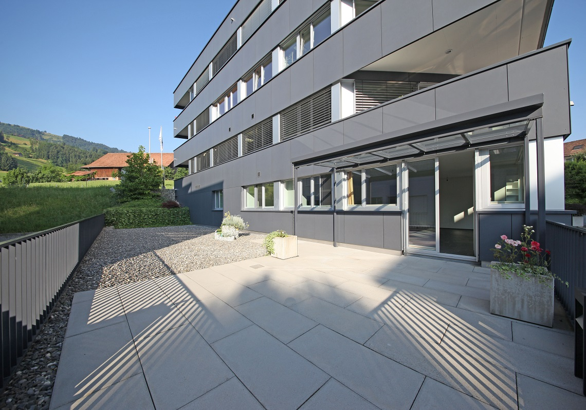 2_Obersee_Immobilien_Terrasse_3